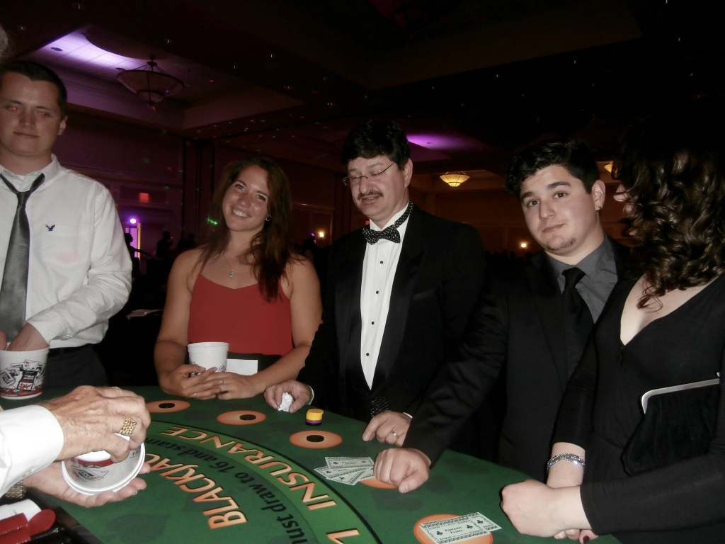 casino wedding theme